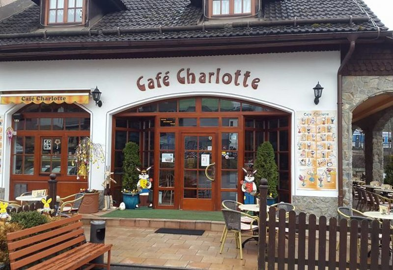 Kavárna a cukrárna Café Charlotte
