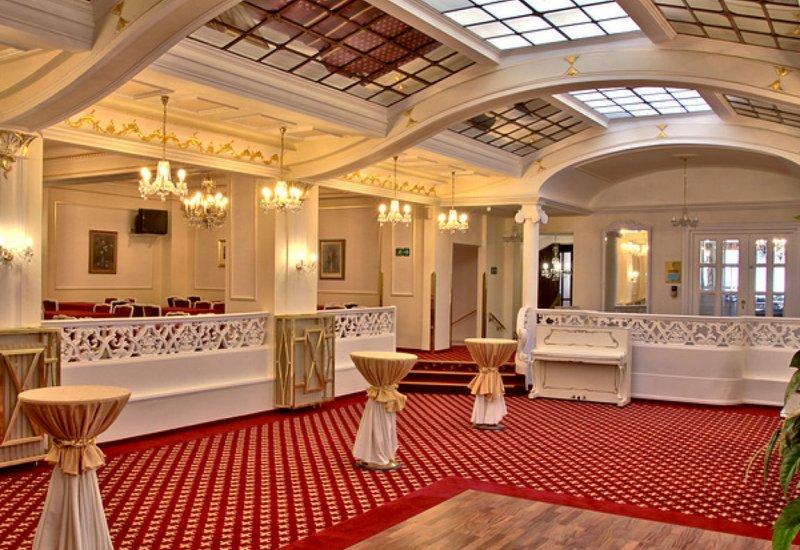 Francouzká restaurace hotelu Ambassador