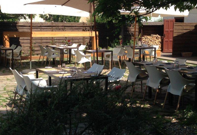 Konfit Restaurant