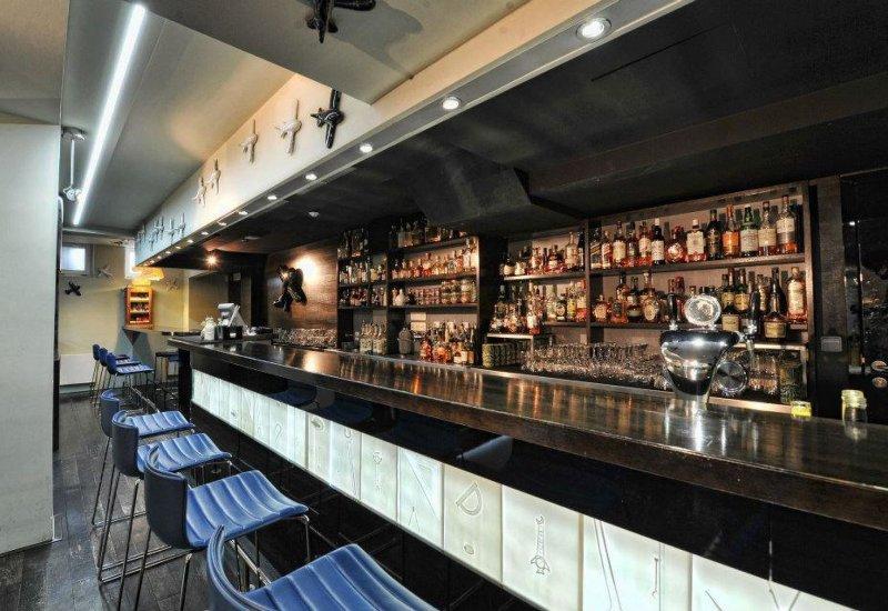 Runway cocktail bar