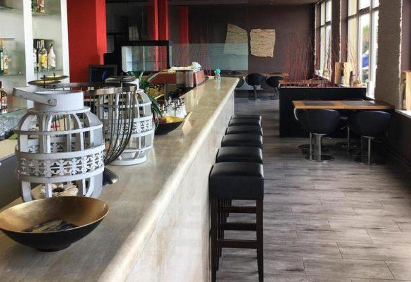 TIF hotel & restaurant