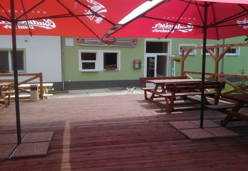 Club a restaurant Efko