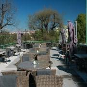 Terrace Grill Mánes