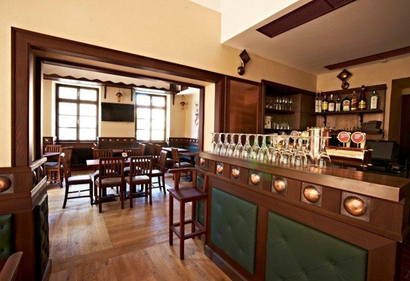 Pivovar a restaurace U Tří růží