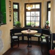 Old House Irish Pub